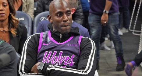 huge discount 948be f8f45 KG Sits Courtside Rocking Custom Prince Jersey