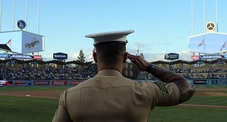 huge discount c8510 d272a Justin Turner, Dodgers Hosting Veterans & Active Duty ...
