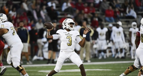 Marshall Football Could Face Another Mobile Qb Vs Fiu