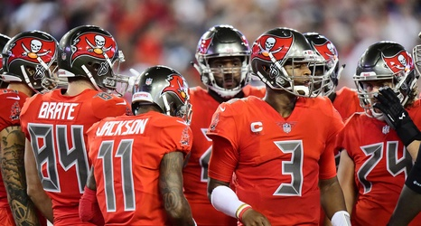 reputable site c80fa 048ec Daily Bucs Links: NFL removing the Color Rush jerseys from ...