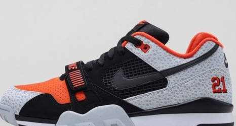 ca9b854a151e Nike Unveils New Barry Sanders Shoe. Cowboys Ride For Free