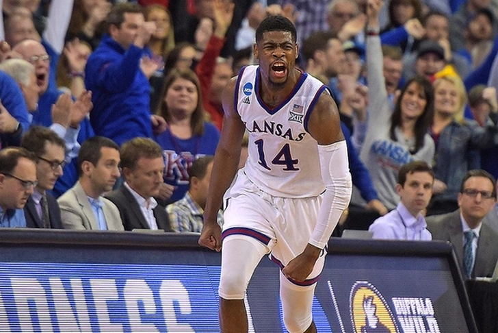 Jayhawks leave for San Antonio for Final Four