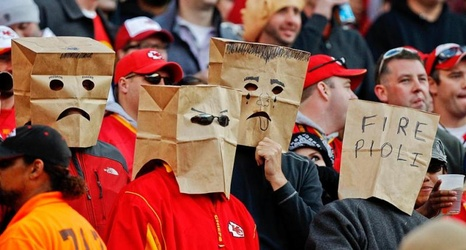 the best halloween costumes for a kansas city chiefs fan