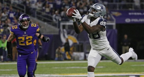 Saints Wr Dez Bryant Hurt In Practice Possibly Ending His
