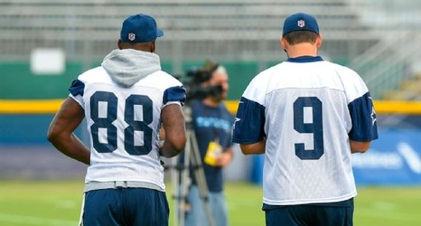 Tony Romo Dez Bryant On Practice Field Together