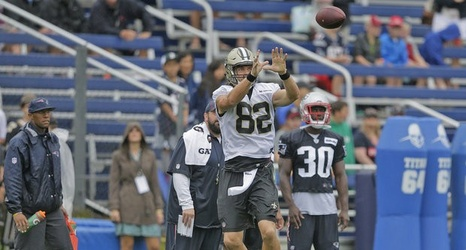 Saints Coby Fleener Moves Back Atop Te Depth Chart Via Team Website After Publishing Drop