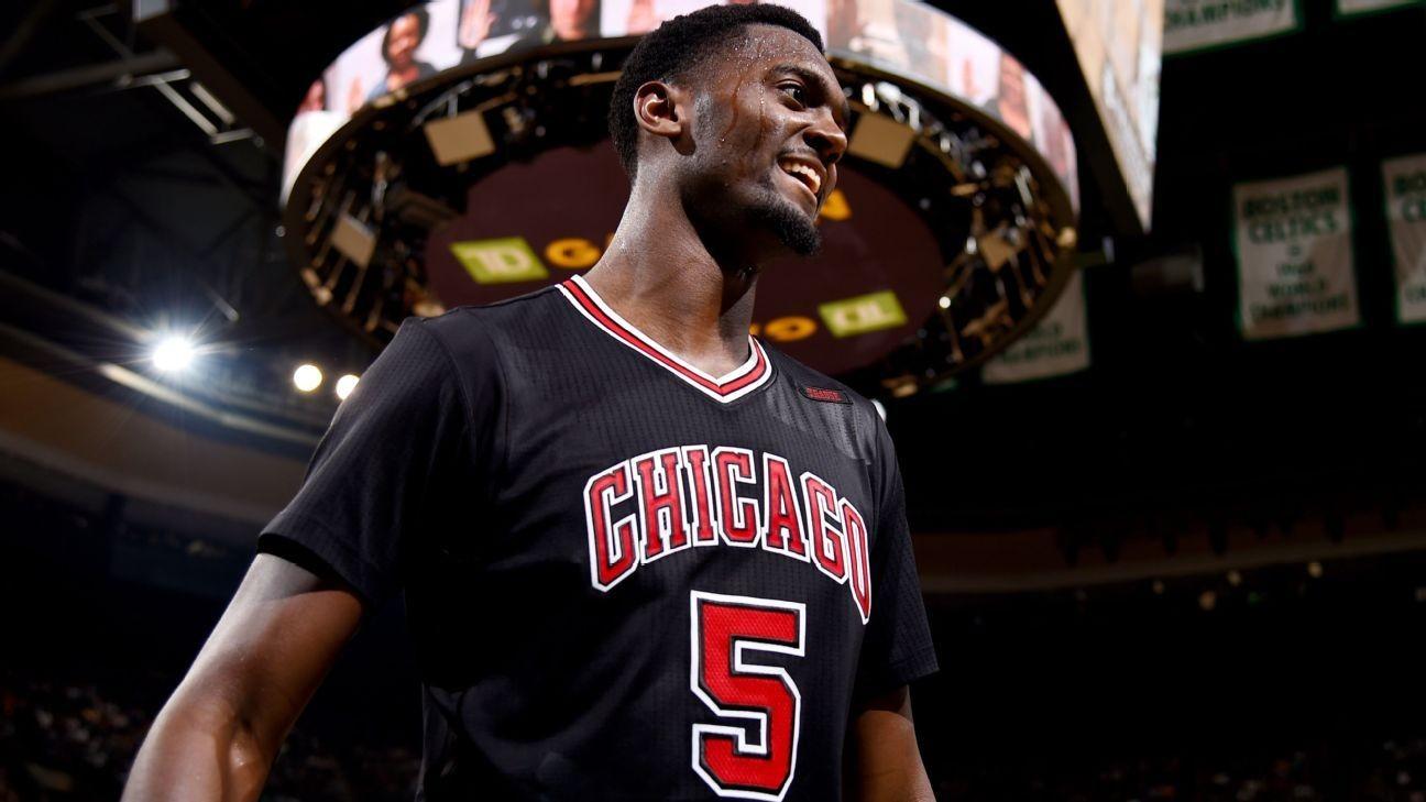 Rumor Central: Bobby Portis aims to win Bulls' starting PF ...