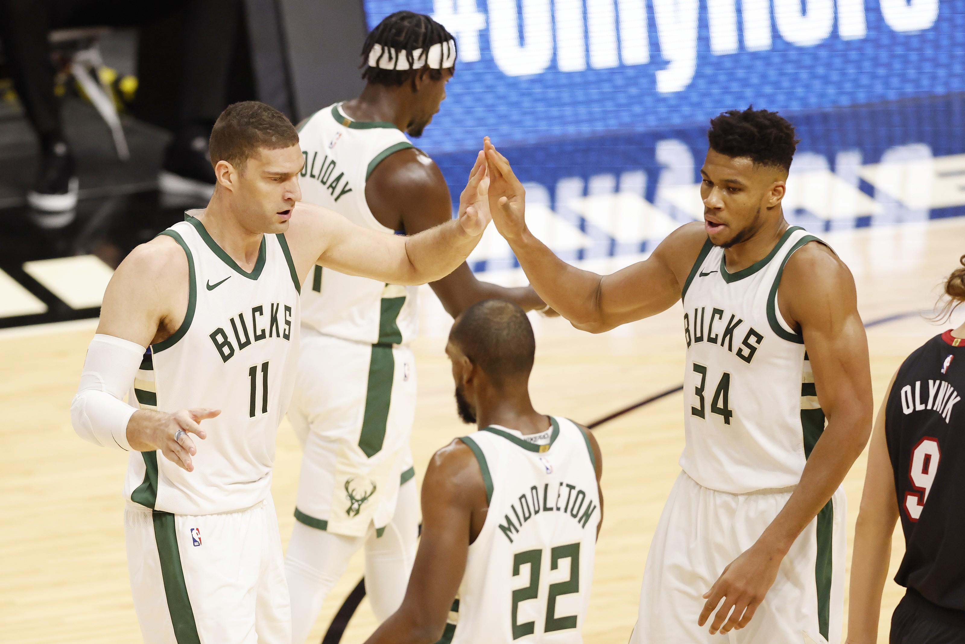 Milwaukee Bucks: A 2021 New Year's resolution for each starter